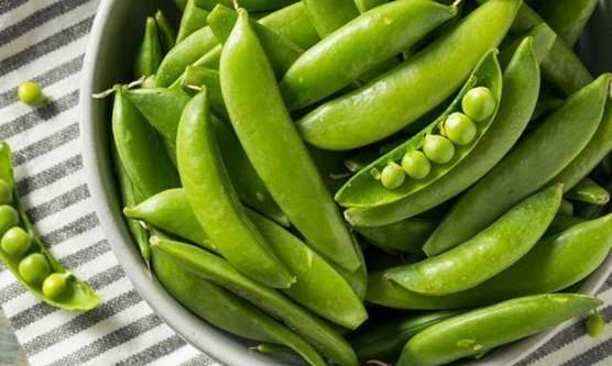 Peas, snap peas and snow peas